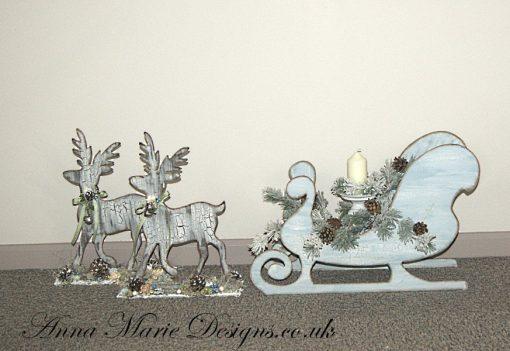 Jumbo sleigh and jumo reind